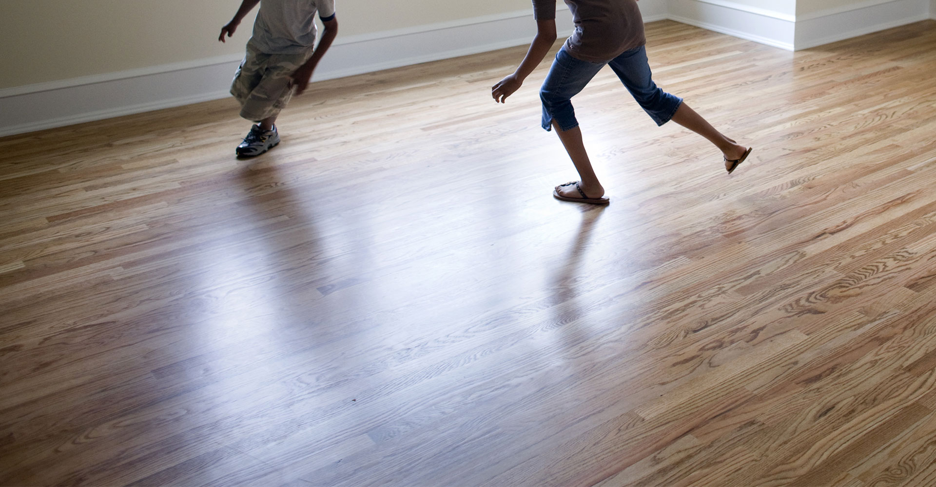 Home clarkston floor covering for Hardwood floor covering